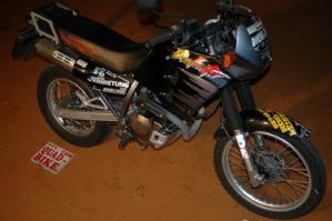 Motorrad mieten Dominator 250
